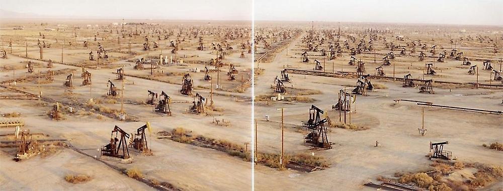 Burtynsky Oil Exhibit Edward Burtynsky Oil Fields